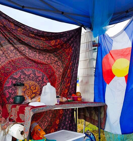 Tapestry and flag to decorate car camping music festival site